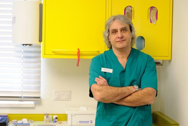 Δρ. Σπύρος Μανώλης